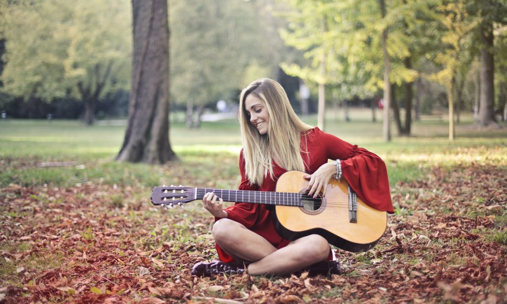 Beginner Guitar Lessons in Cardiff