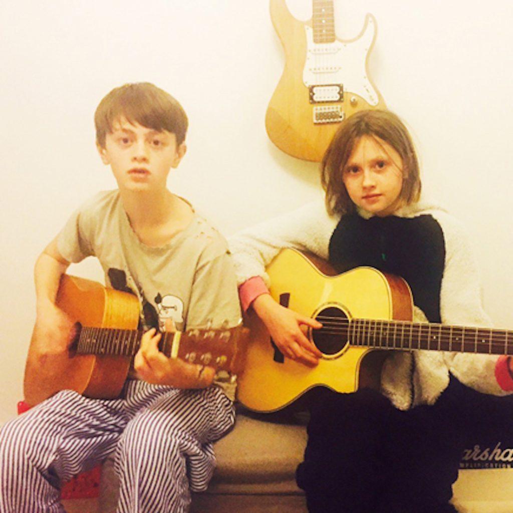 guitar-lessons-cardiff-leocaia